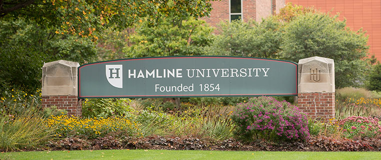 Hamline University Sign on Snelling